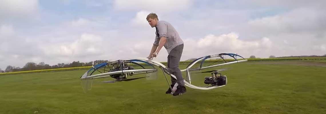 "Hoverbike? Inglês inventa ""bicicleta voadora"" que realmente funciona"