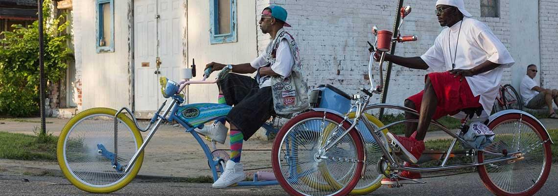O show das bikes modificadas nas ruas de Detroit
