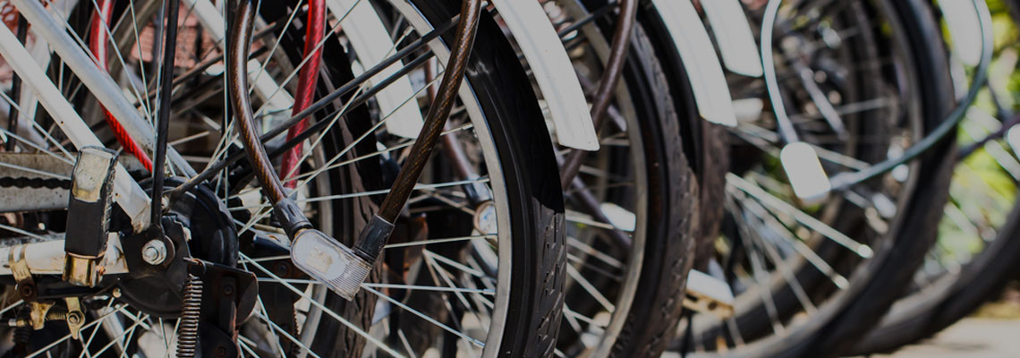 """Travas, correntes e até """"âncoras"""". Saiba como proteger sua bike"""