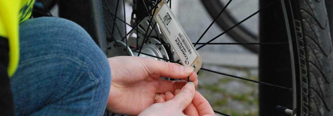 Dinamarca testa chip que dá preferência ao ciclista no trânsito