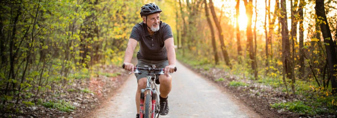 7 razões para seguir pedalando aos 70